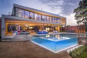 mediterranean-piscina de vidro