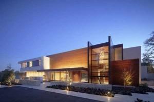 casa larga-e-comprimento-curto-alto-padrão