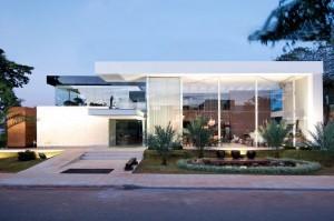 fachada-de-casa-moderna-3